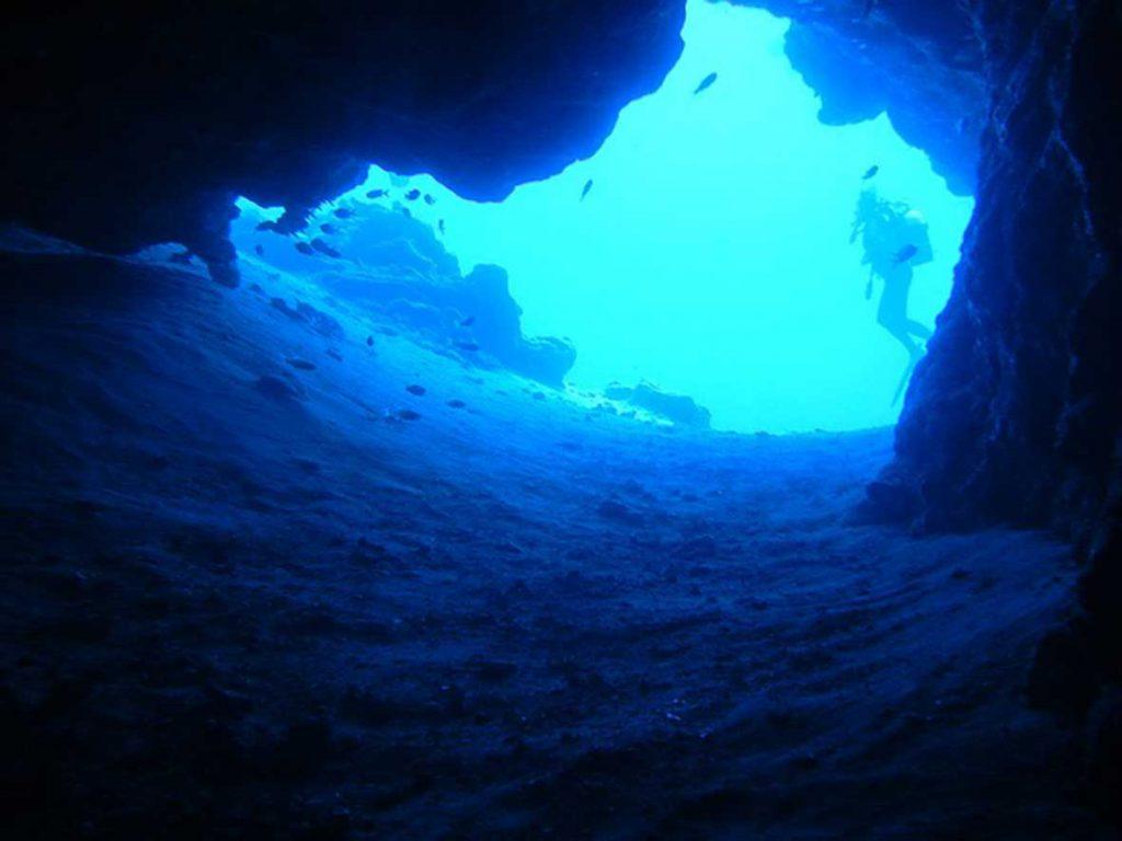 Entrada de cueva